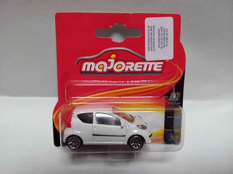 N°205F : Peugeot 107 Peugeot107205F01