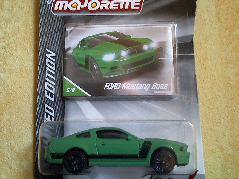 N°204A Ford Mustang Boss FordMustangBoss204A03